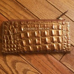 Antonio Melani wallet
